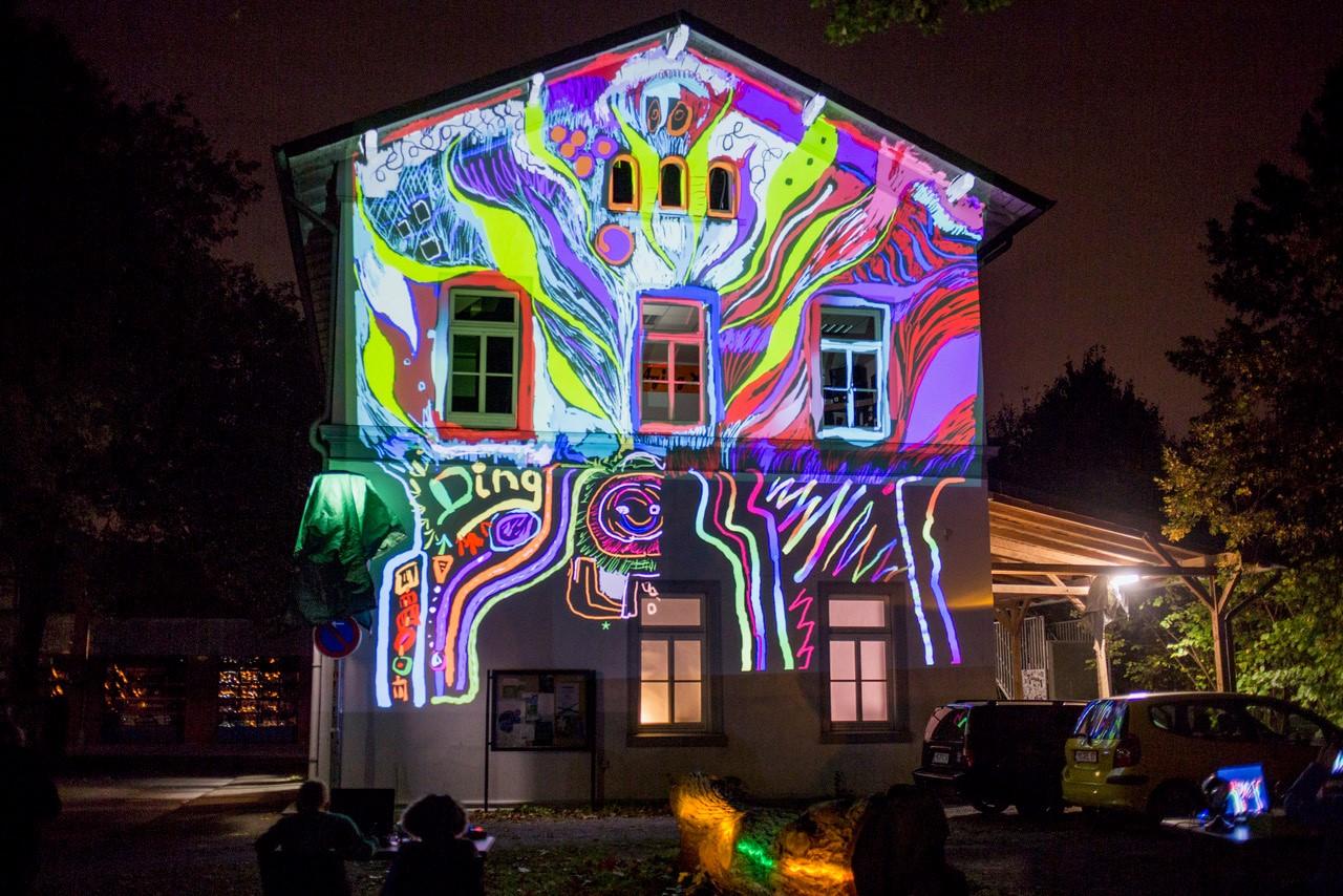 Lichtbuden - Graffiti 2.0. - Häuser bemalen mit dem